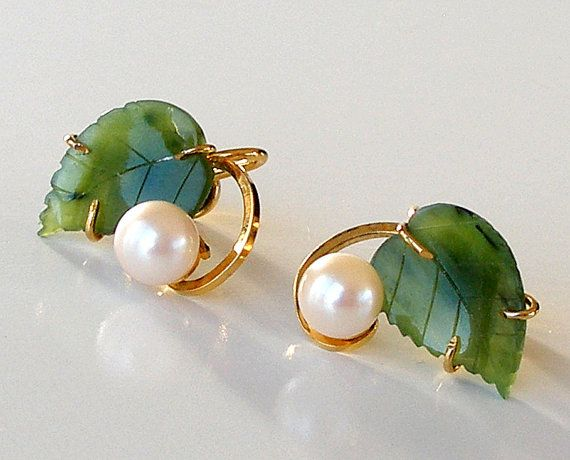 Vintage GF Pearl Earrings Carved Jade Earrings 1960s Jewelry Gold Filled…