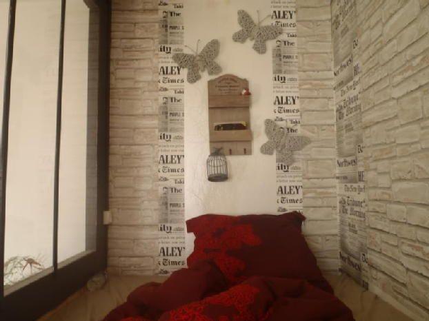 A LOUER: Paris Est Studio meublé de 28m2 Situé dans un immeuble ancien, 4éme étage Métro Croix de Ch... ▶ Annonce Location appartement à consulter sur Topannonces.fr