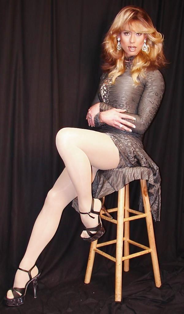 Garo gallery of beautiful transvestite legs lesbian anal fisting