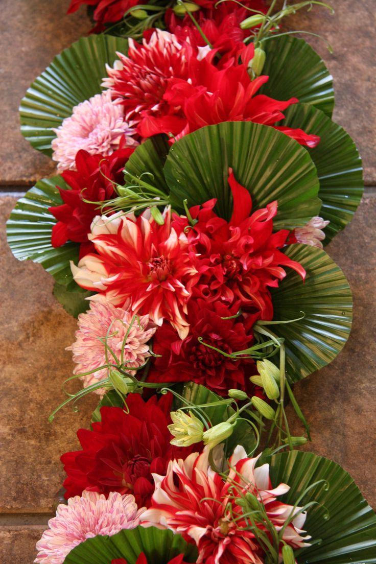 467 best Grafdecoraties images on Pinterest   Floral arrangements ...