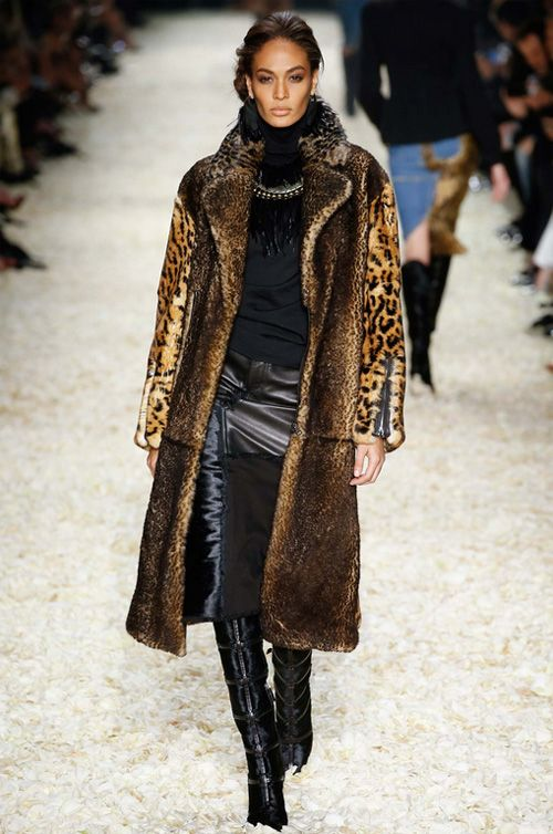 Tom Ford Autumn/Winter 2015-2016 Womenswear: luxurious glam fur long coat