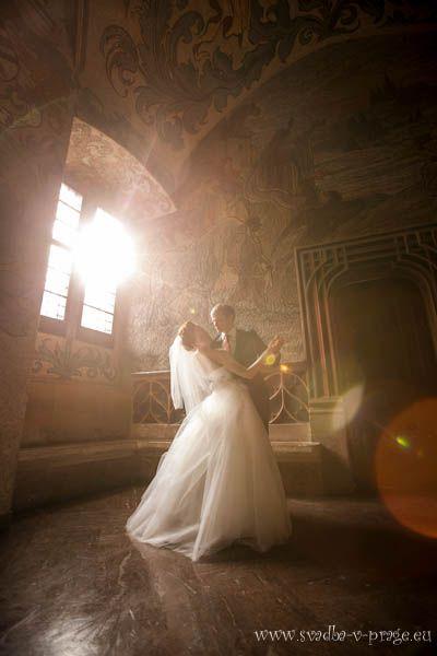 Свадебная пара в Староместской ратуше