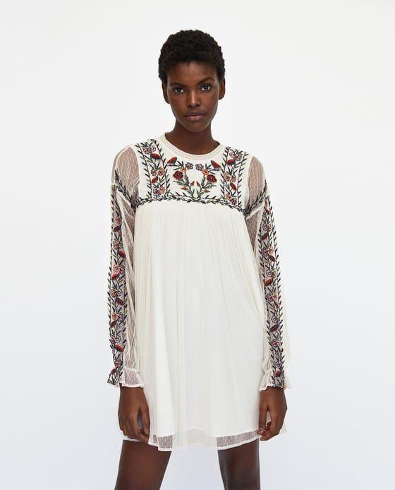 Sukienka Z Tkaniny Plumeti Z Haftem Z Zara Embroidered Dress Girly Outfits Classy Outfits