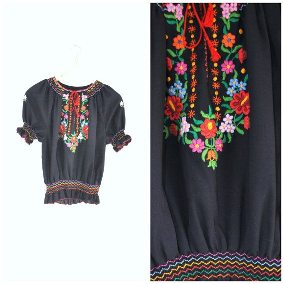 1950s Hungarian FOLK blouse / vintage 50s FLORAL door onefortynine