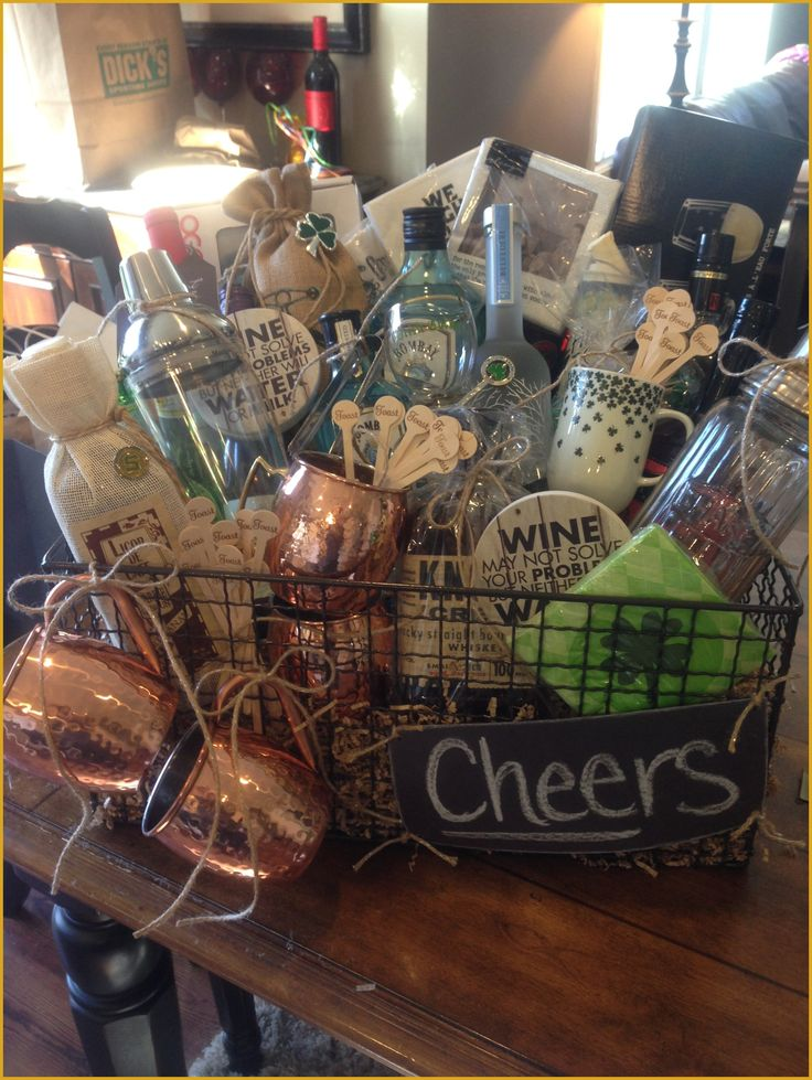 Golf Gift Baskets - Gift Suggestions for Golfers * Find out more at the image link. #GolfGiftBaskets