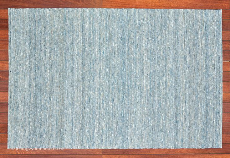 New York City Rug, a luxury blue-hued pebble like textured felted wool carpet hand-woven in Morocco http://www.therugswarehouse.co.uk/modern-rugs3/city-rugs/new-york-city-rug.html #rugs #interiors