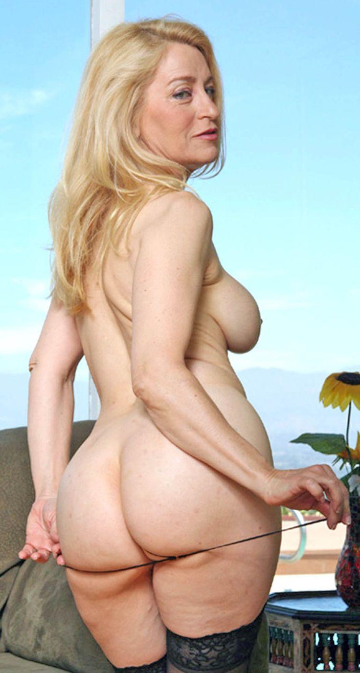 Beautiful Woman Soft Porn 78