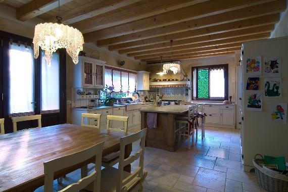 Serramenti in legno per case classiche - Italian wooden windows and doors for country homes