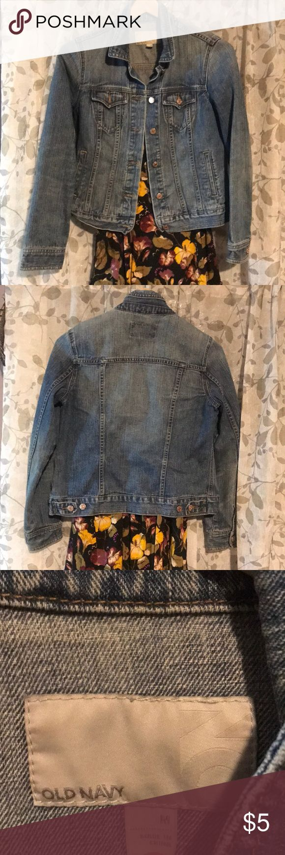 Old Navy Denim jacket Old navy Long sleeve/blue jean jacket with 2 front + side pockets. Stretchable denim. SIZE M Old Navy Jackets & Coats Jean Jackets