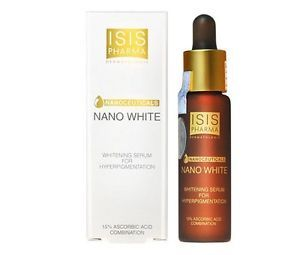 Nano white combines the most effective association whitening active ingredients: 15% ascorbic acid, 2%alpha arbutus + 0.1% Licorce extract. This advanced whitening serum is the perfect formula to fight against hyperpigmentation, dark spots, mélasma and to improve the overall health of the skin.
