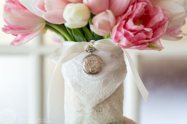 Grandmothers locket on bridal bouquet. Tulip bouquet by Cool Green and Shady. Oakville wedding photographer #sweetheartempirephotography