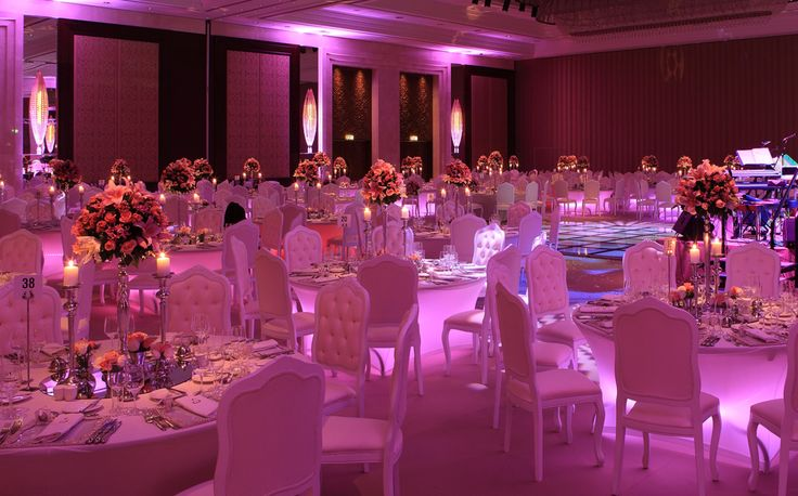 Let your wedding celebration be unforgettable!  Share your excitement with the beloved ones in the enchanting atmosphere of our ballroom.