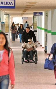 El Hospital General construye cuatro torres y estrena escuela de enfermería
