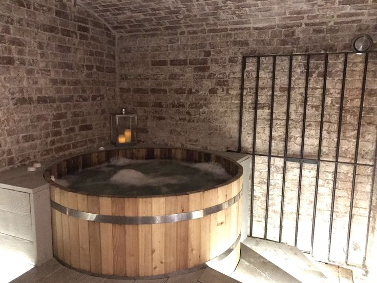 A spa under the sea: Brighton Harbour Spa - Scandinavian Hot Tubs in a converted wine cellar