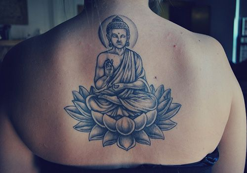 Tatouage Bouddha Haut Dos Femme