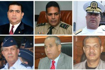 Informando24Horas.com: Medina cambia ministro de Defensa y jefes de la Ar...