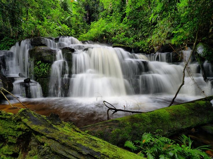 Deang Waterfall
