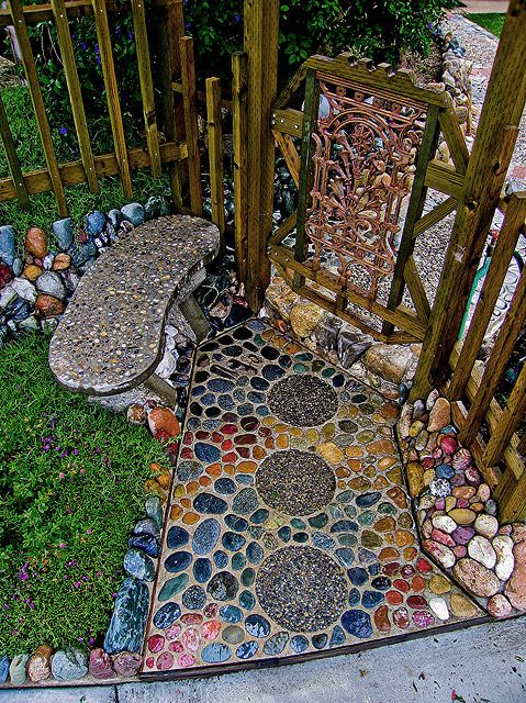 Mosaic walkway and gate
