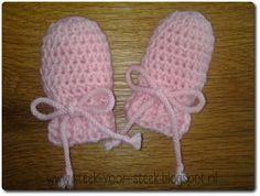 Stich für Stich: Babyhandschuhe