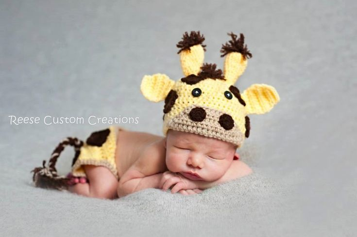 LEAD TIME: I currently have a 3-4 WEEK lead time. If you have any questions, please message me.  Purchasing more than 1 item WILL increase the lead time. If you would like to know how much longer it will take please message me first.  Handmade Newborn Crochet Baby Giraffe outfit. Great for those precious newborn pictures! The hat and diaper cover have Giraffe spots all the way around the hat and diaper cover so any angle for your pictures will turn out great! Please select if you would like…