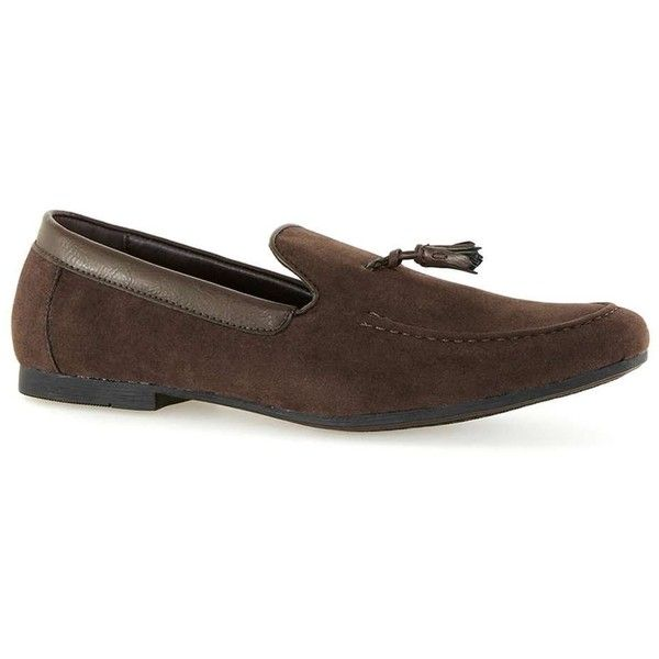TOPMAN Brown Faux Suede Tassel Loafers ($45) ❤ liked on Polyvore featuring men's fashion, men's shoes, men's loafers, brown, mens brown loafer shoes, topman mens shoes, mens tassel loafer shoes, mens tassel shoes and mens loafer shoes