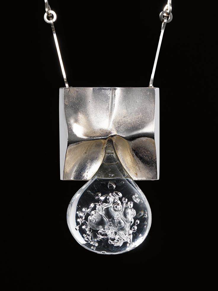 BJÖRN WECKSTRÖM, Pisaranmuoto (Big Drop) necklace, 1970. Mould-cast precious metal (sterling silver) and acrylic. Produced by Lapponia, Finl...