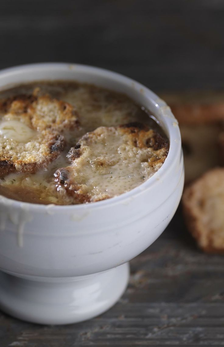 Gratinee des halles - Martin Wishart. The secret to this classic French onion soup recipe is getting a good colour on the onions at the initial cooking stage, so settle in with a glass of chilled wine and prepare yourself for some patient stirring.