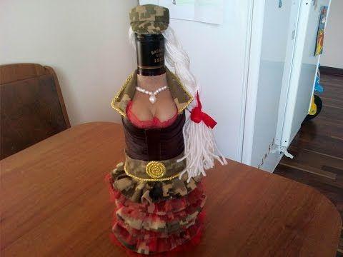 Мастер класс как сделать бутылку с грудью.Еще один вариант декора бутылки в виде Медсестры.