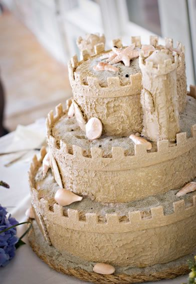 Sandcastle cake! Great idea for a beach wedding