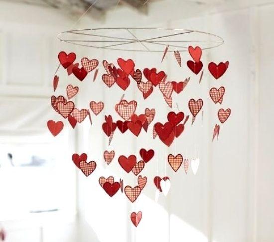 Basteln zum Valentinstag  herzen kronleuchter