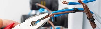 Le Electricien Mantes-la-Jolie est une agence d'électricité reconnue par les particuliers et les professionnels à Mantes-la-jolie. Vous pourrez bénéficier de ses services à tout moment, car son équipe est disponible 24h/24 e 7j/7. Les tarifs sont abordables.