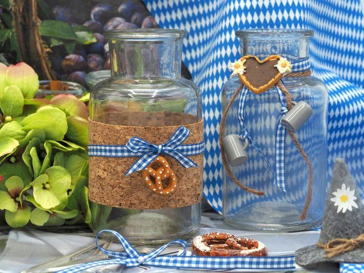 2 Vasen Oktoberfest Bayrisch Blau Tischdeko Deko