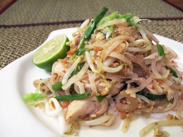 Chicken Dinners: Chicken Pad Thai #recipe