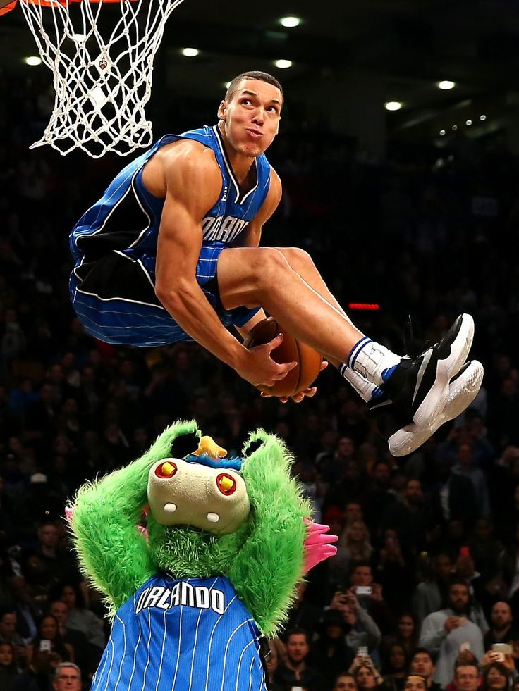 Aaron Gordon of the Orlando Magic dunks over mascot Stuff in the Slam Dunk Contest during NBA All-Star Weekend 2016 at Air Canada Centre in Toronto.  Elsa, Getty Images