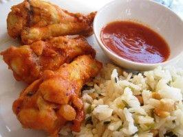 Buffalo Wild Wings Spicy Garlic Sauce. Photo by gailanng
