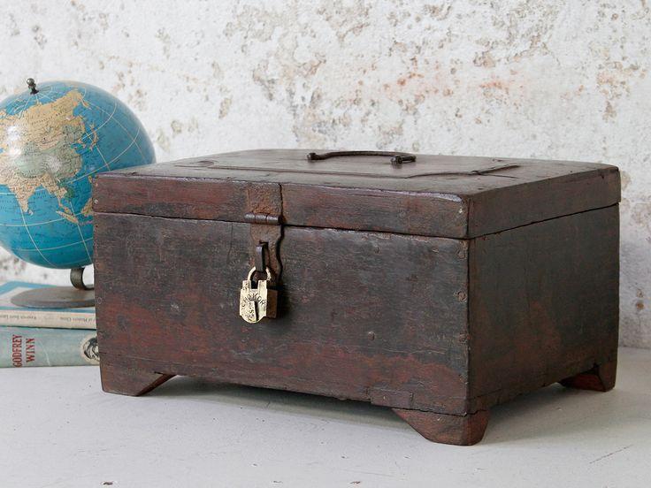 Vintage Money Box from Scaramanga's vintage furniture and interior collection #interior #homeinspo #inspiration #vintage #ideas #homedecorideas #moneybox #savings #scaramanga