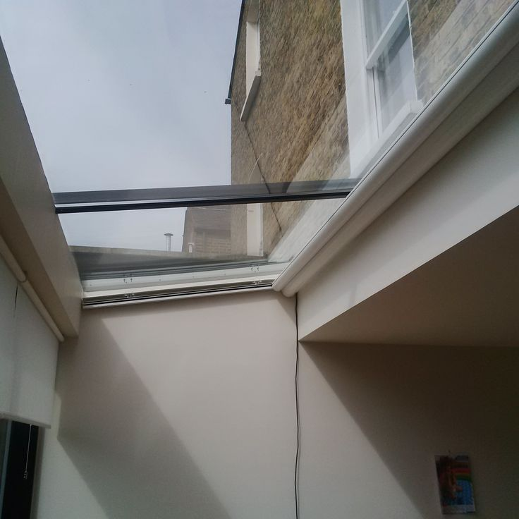 Markilux 889 Tracfix electric blinds for Skylights by Deans Blinds & Awnings