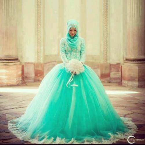 ooo aqua wedding dress