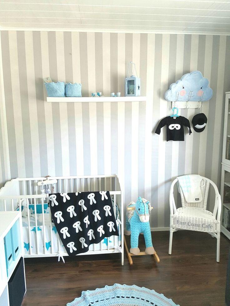 Decorating my baby boys room 😍😍😍