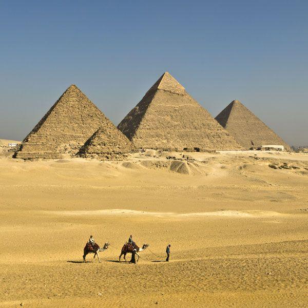 L'énigme des pyramides de Gizeh  dans Egypte ancienne