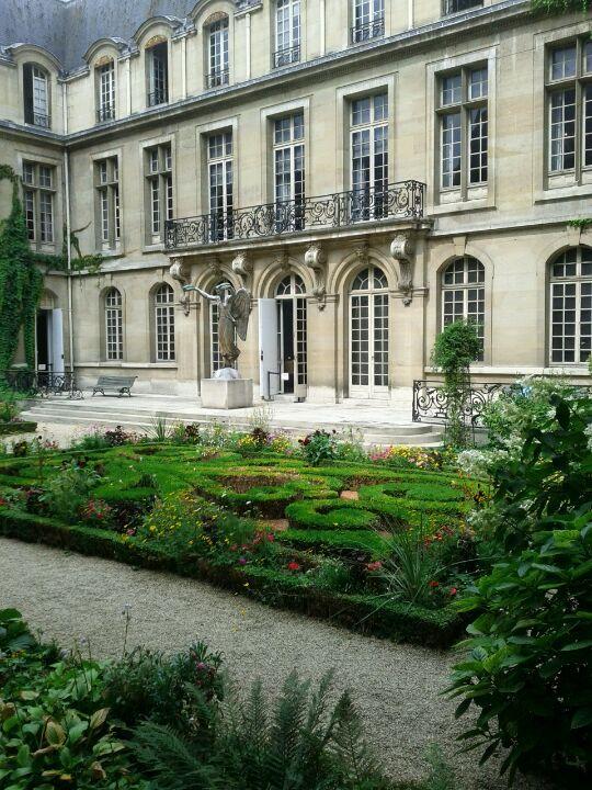 Marais | Musée Carnavalet: Paris's Best-Kept Secret | 23 Rue de Sévigné | Museo de historia