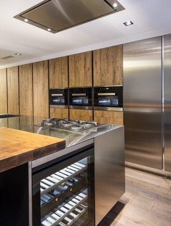 drinks fridge in the kitchen. Bonanova – Barcellona   Cesar