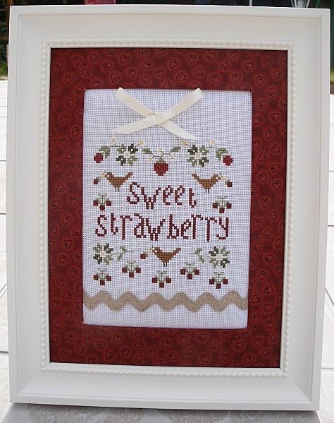 P'tit free du net Sweet strawberry encadré avec un cadre acheté chez IKEA