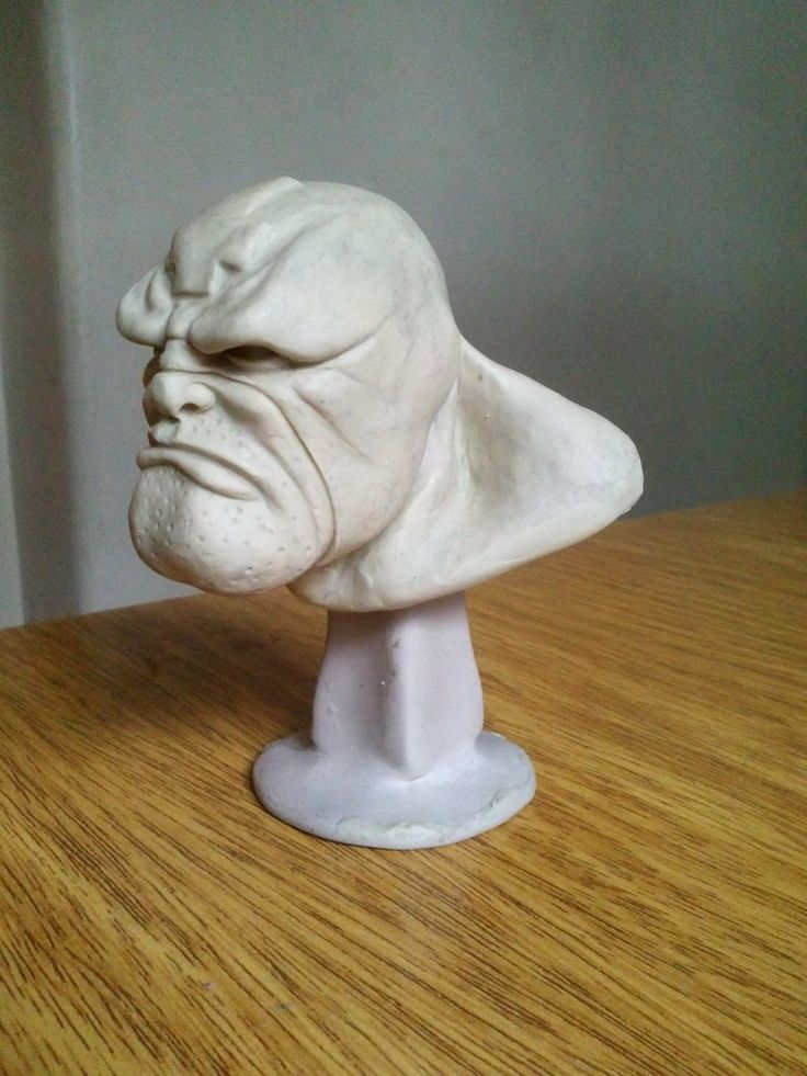 El Cazador - Bust, Eduardo Gonzalez on ArtStation at https://www.artstation.com/artwork/el-cazador-bust
