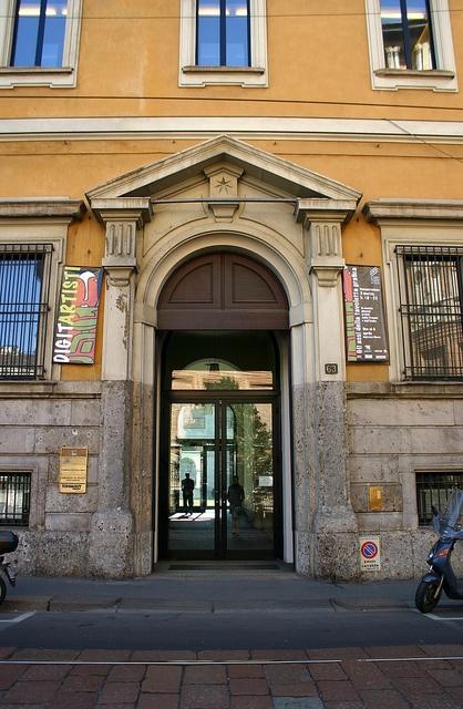 Entrée ©Institut français Milano, via Flickr.