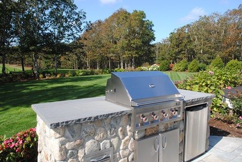 Outdoor Kitchens for Small Spaces | Small Outdoor Kitchen Design