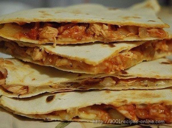 Quesadilla with chicken and cheddar