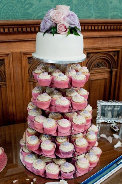 #SweetTweet RT @CupcakesinCity Lesley in The City Just 1 of my many Wedding Towers this was for Mr & Mrs @Dan_Nolan @KnowsleyHall http://twitpic.com/58qorq