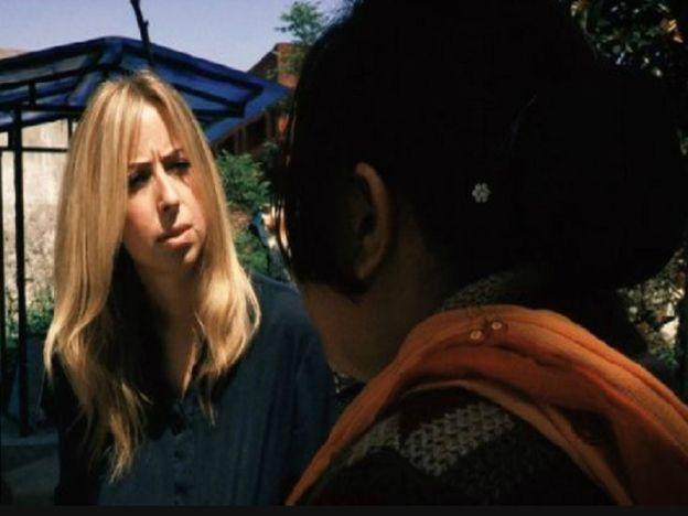 Wanita pakai buang di Asia Selatan dianiaya lelaki Asia Britain   Satu laporan mengesa supaya amalan beberapa lelaki Asia Britain menganiaya wanita Asia Selatan dengan meninggalkan mereka sebaik lepas berkahwin dikategorikan sebagai satu bentuk keganasan rumah tangga.  Wanita pakai buang di Asia Selatan  Wanita pakai buang di Asia Selatan  Ahli akademik di Universiti Lincoln mendapati lelaki ini mengambil ribuan pounds dari keluarga isteri baharu mereka dan menggunakkan wanita sebagai hamba…