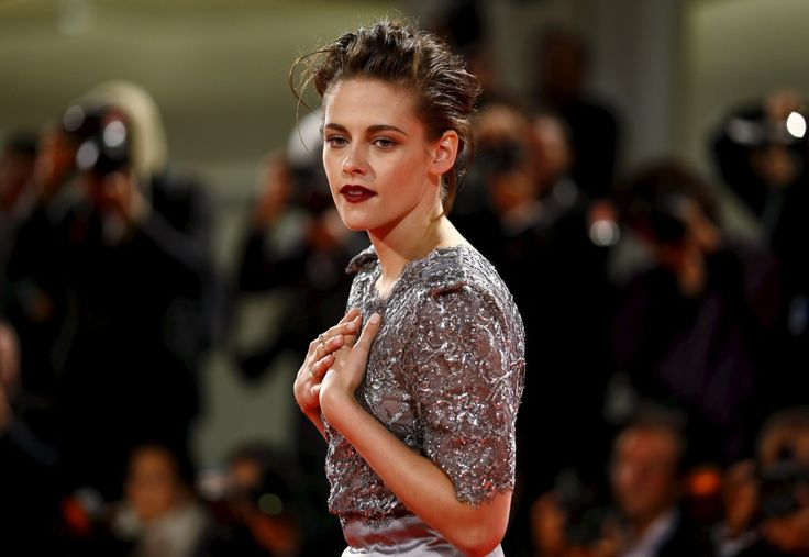 Kristen Stewart Chanel Festival Venecia Equals 1